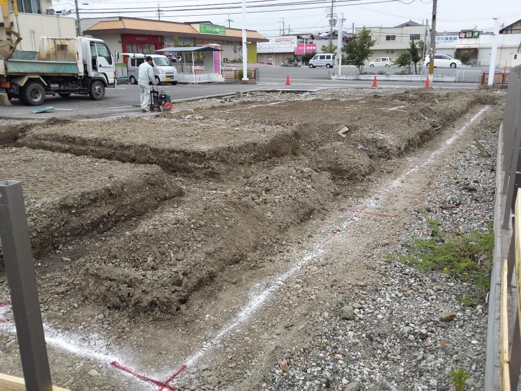 基礎工事 掘方