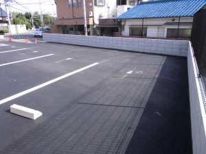 駐車所整備工事・続